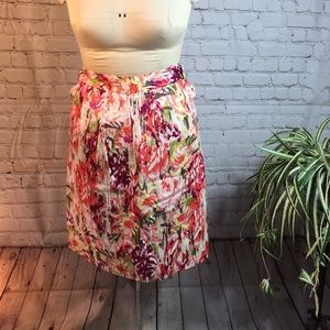 Liz Clairborne floral skirt w pockets size 14